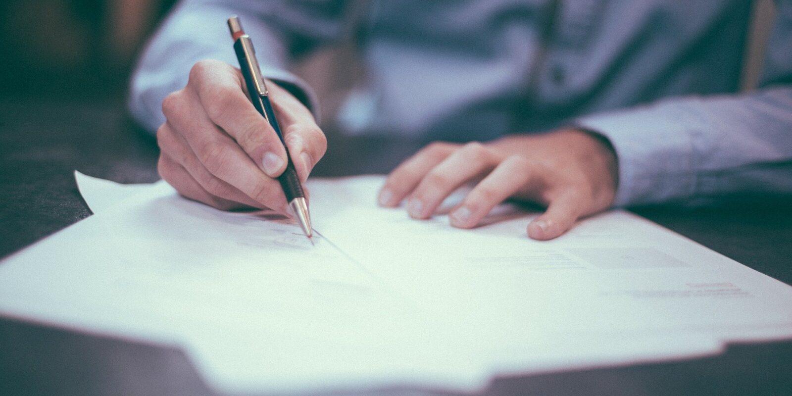 podpisywanie-dokumentow-szkolenia-biznesowe